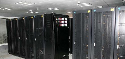 云端、共享和独立服务器的优势