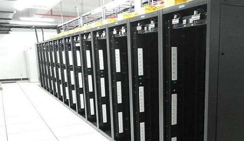 怎样利用香港服务器创建企业网站