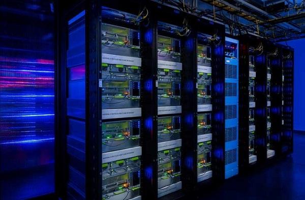 数据中心服务器机柜图